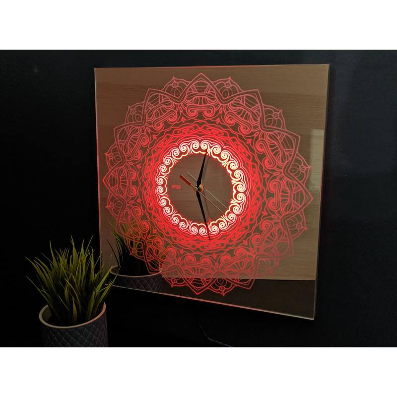 Mirror Clock C3-2020 (Met je eigen logo)